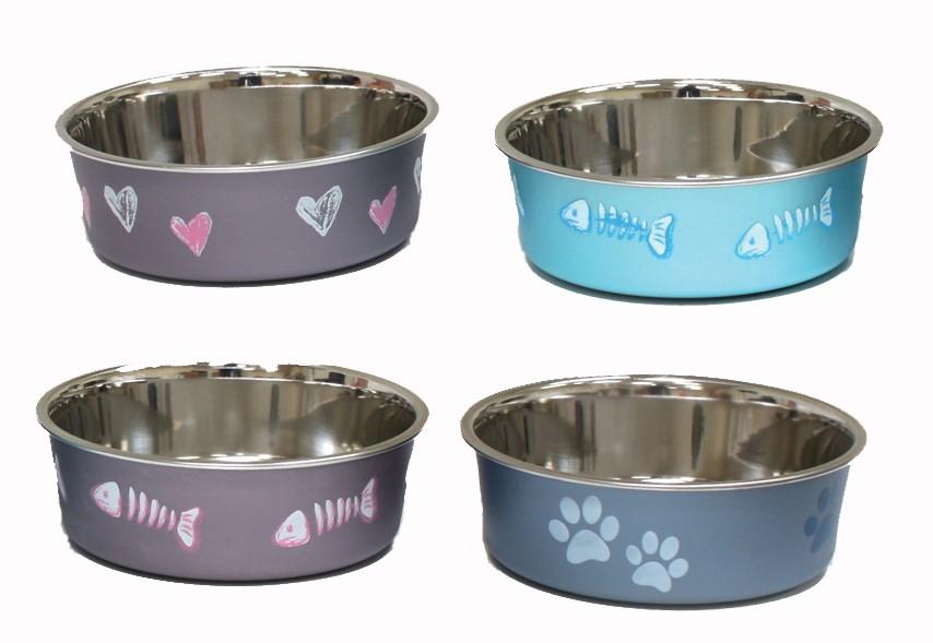 Los platos de acero para gato son otra alternativa para que los gatos tengan un recipiente limpio para alimentarse